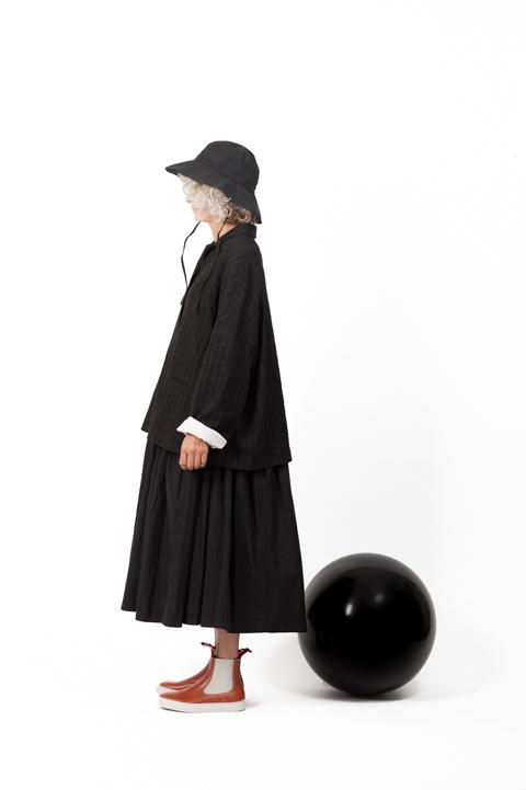 Veste Apuntob noire 1580